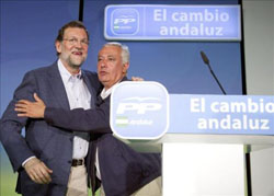 Rajoy and Arenas celebrate
